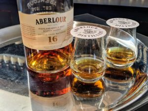 Aberlour-Bottle-and-Glasses