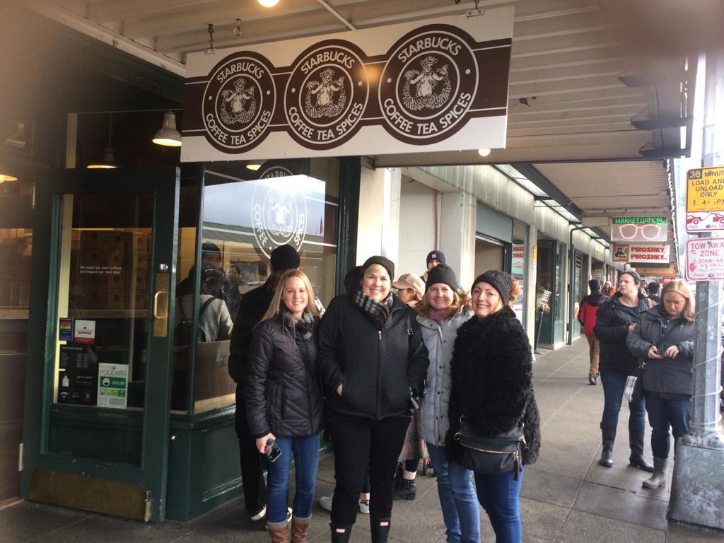 first-starbucks-coffeeshop