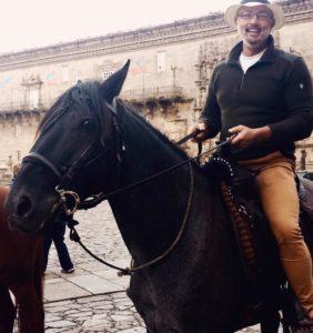 geoff-horseback